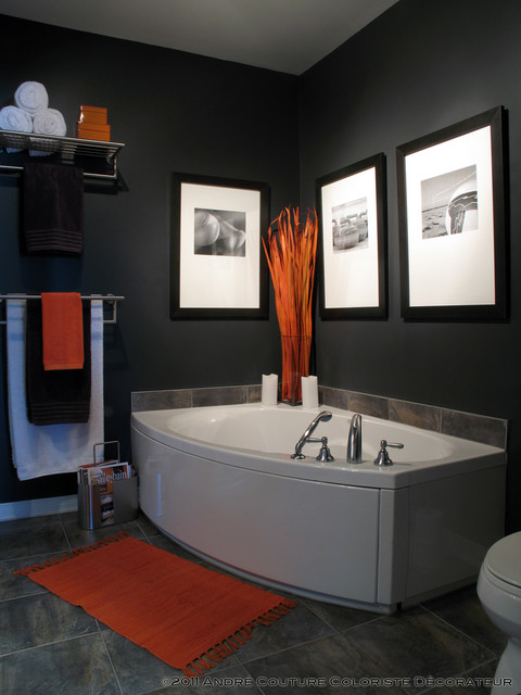 черная ванная - фото элементов декора