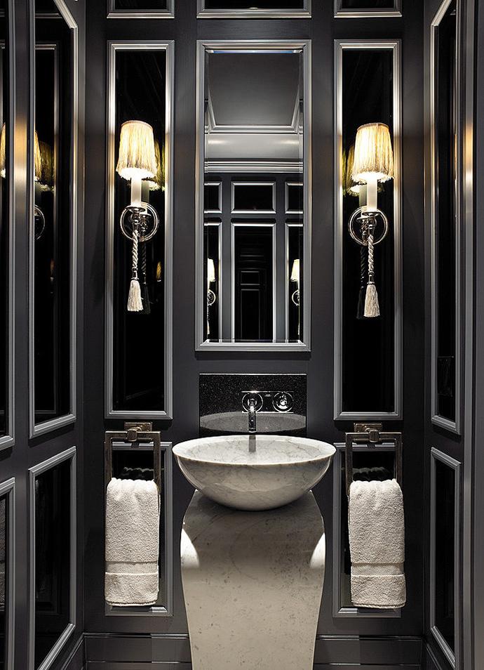 дизайн черных ванных комнат - светильники