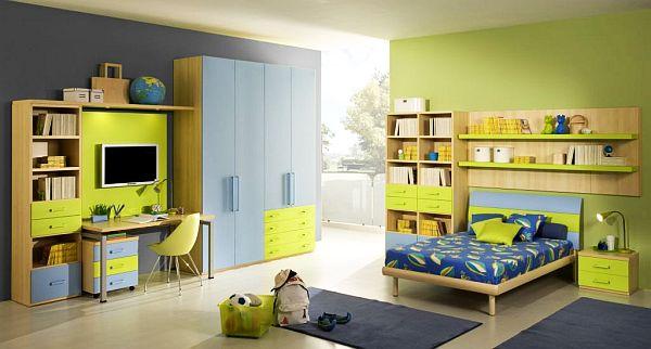 Желто-синяий интерьр комнаты для мальчиков