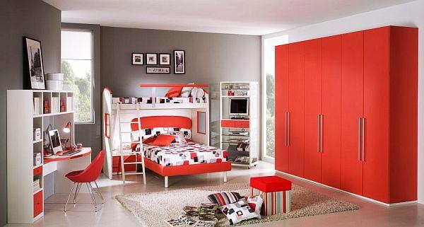 Красно-бело-серый дизайн для подростка мальчика