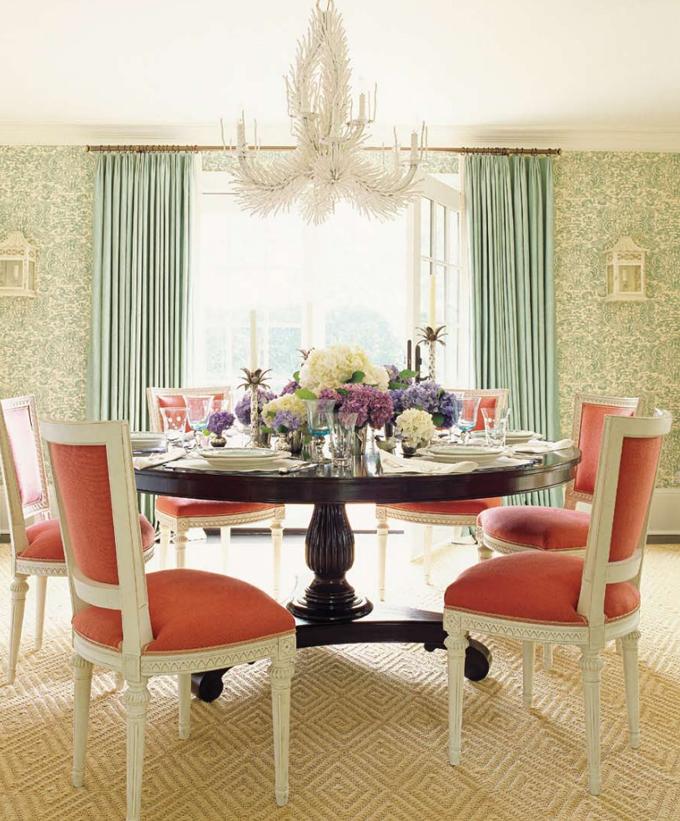 красивый интерьер столовой комнаты
