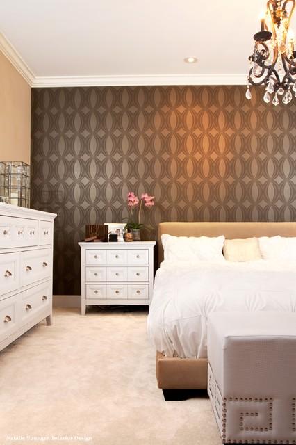 смелая цветовая гамма обоев для спальни