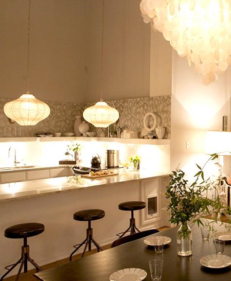 Интерьер гостиной совмещенной с кухней фото 2