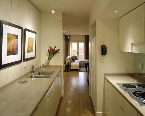 фото маленькой и узкой кухни