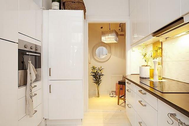 лучший цвет для маленькой кухни