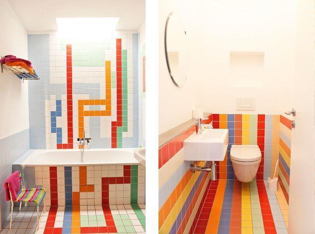 интерьер разноцветной ванной комнаты