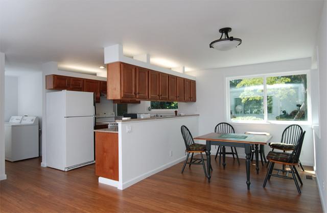кухня столовая - интерьер с бюджетной мебелью
