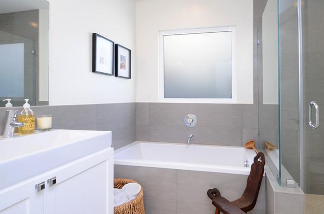 Эклектика в интерьере ванной комнаты
