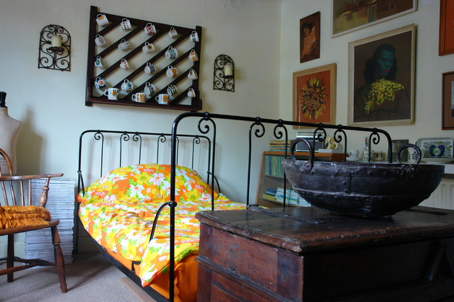 Эклектичная спальная комната