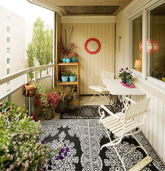 мебель для цветов на балконе