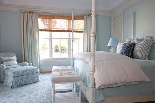 Однотонные интерьеры в спальне