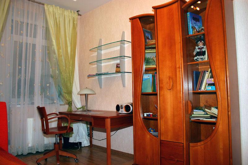 интерьер кабинета в 5-ти комнатной квартире