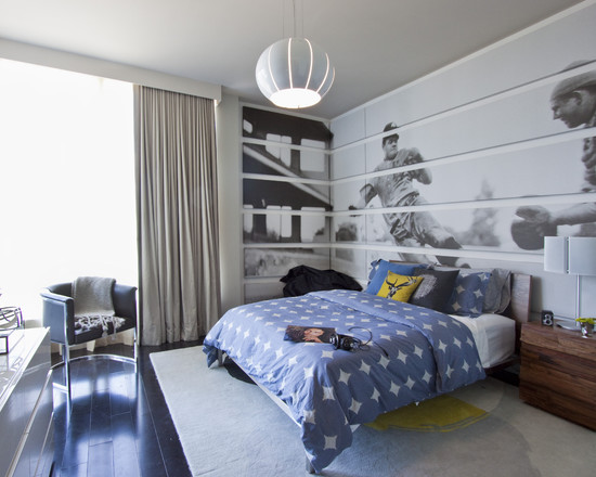 интерьер спальни с фотообоями спорт