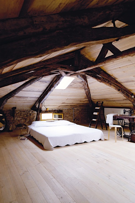 интерьер спальни в деревенском стиле фото 17