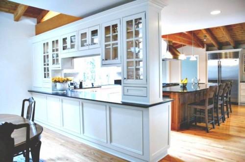 Перегородка между кухней и гостиной фото 3