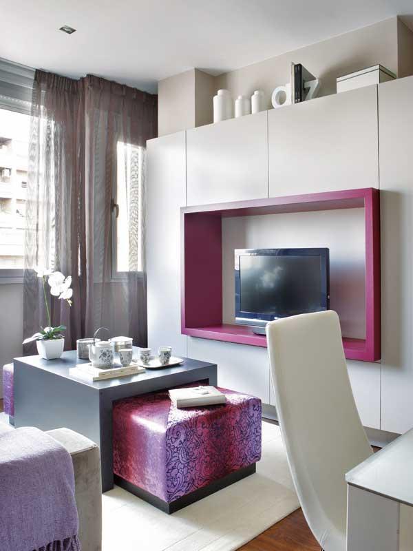 телевизор в маленькой квартире