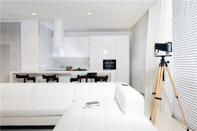 белая квартира фото кухни