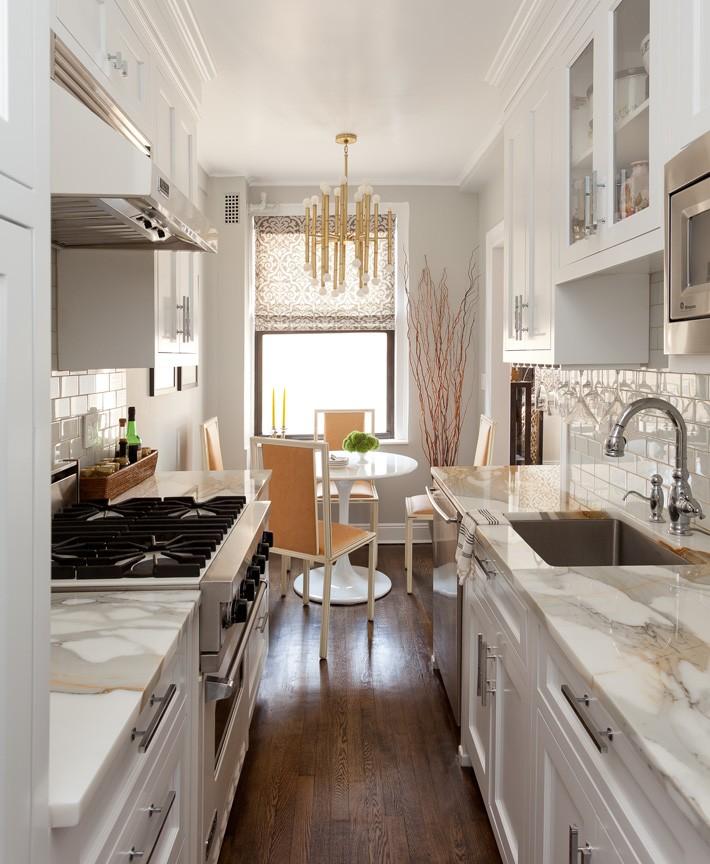 маленькая кухня в маленькой квартире