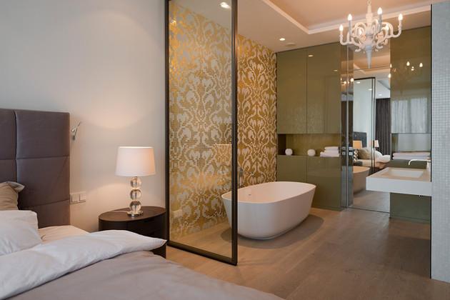 ванная в спальне квартиры студии