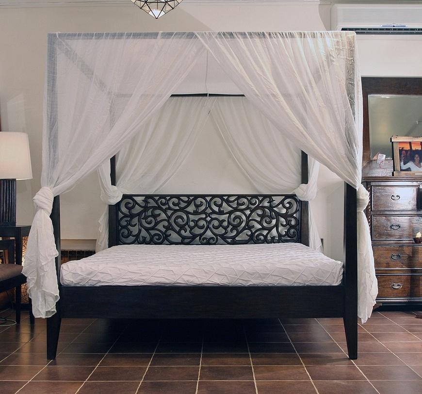 Кровати с балдахином - примеры  (1)