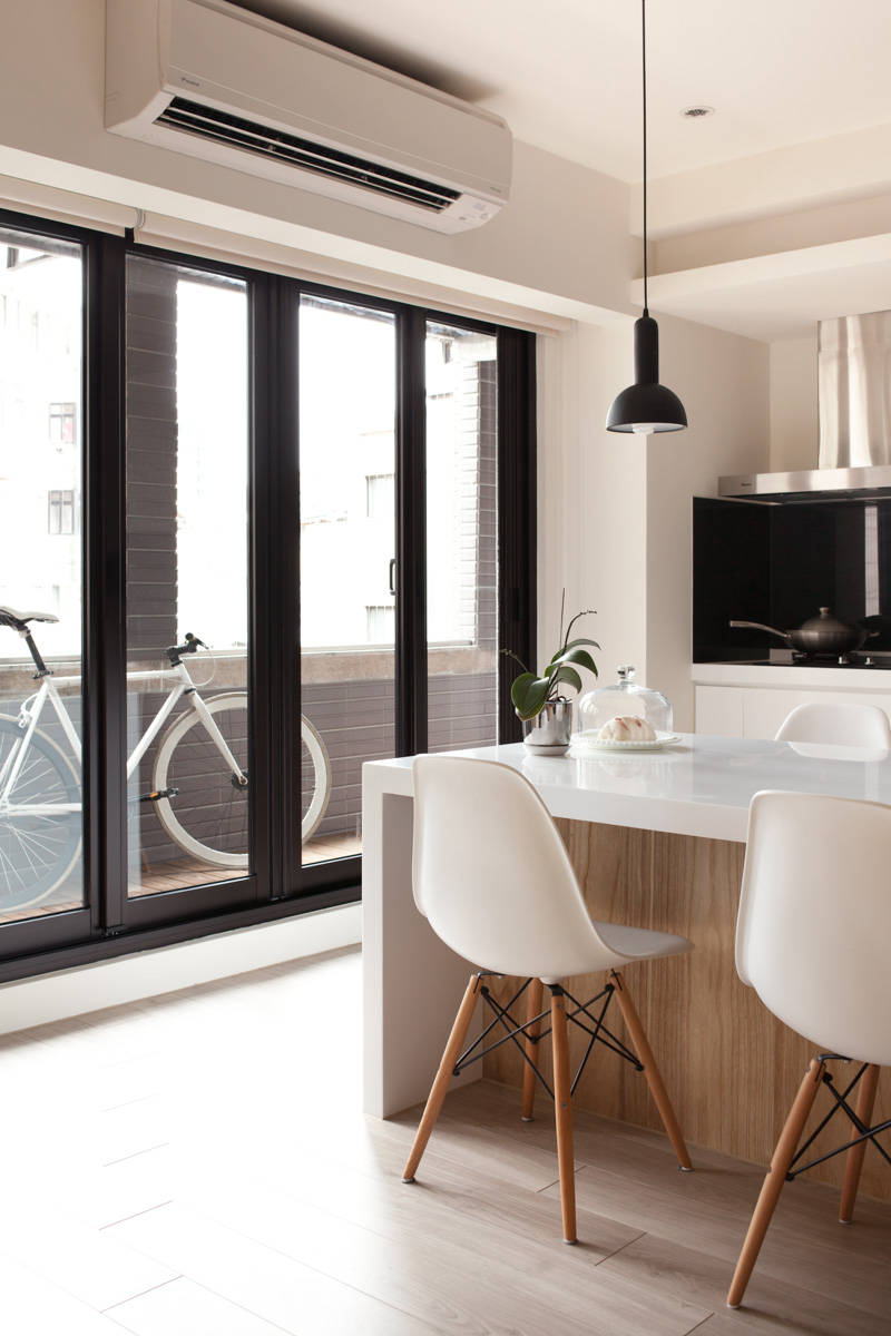 планировка квартиры - выход на балкон