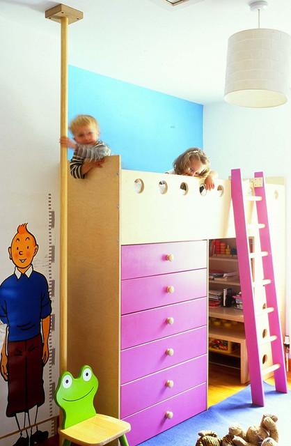 Детская кровать чердак с шестом для спуска