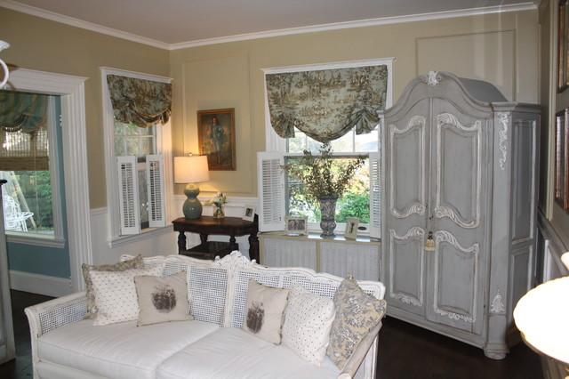 Французский стиль в интерьере гостиной загородного дома