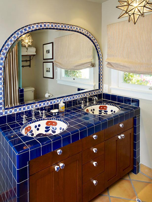 Интерьер ванной в испанском стиле