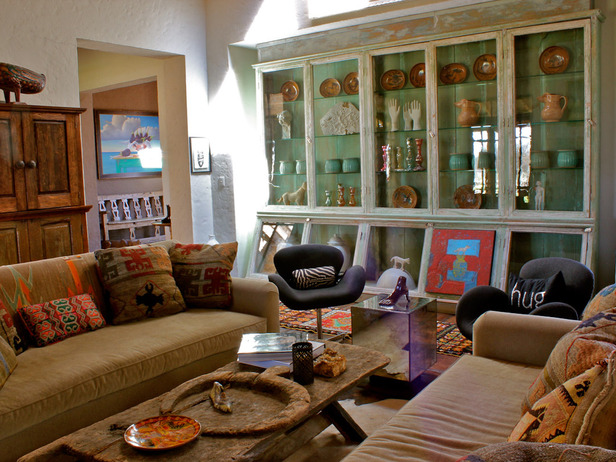 Испанский стиль в интерьере гостиной