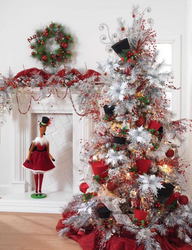 Украшенные елки - фото красно-белого шедевра