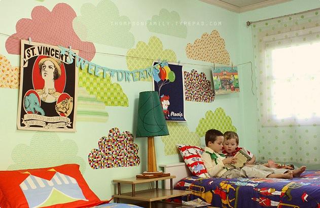 Одна комната для брата и сестры