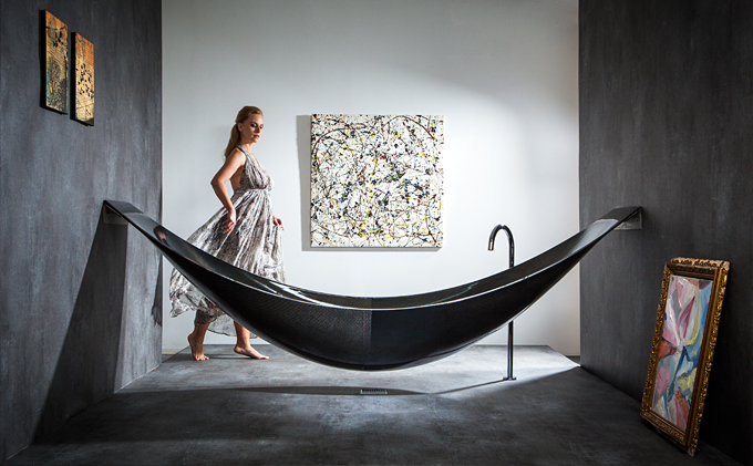 Авангардные черные ванны