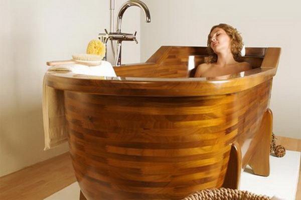 ванная из дерева на фото