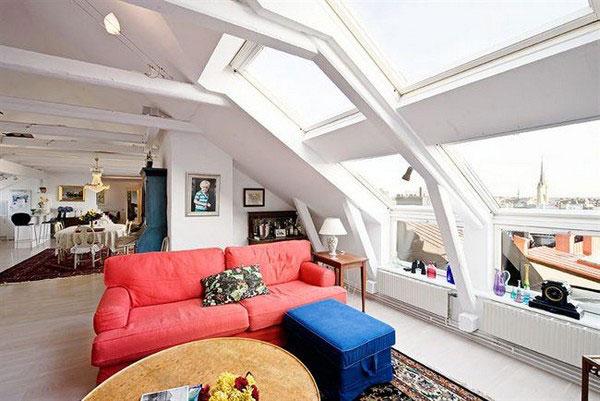 Фото мансарды с большими окнами