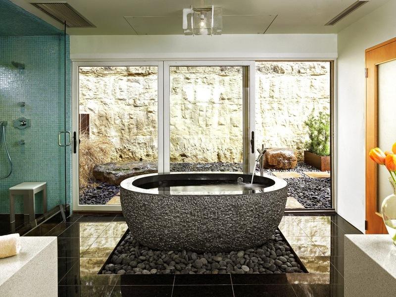необычная ванна из натурального гранита
