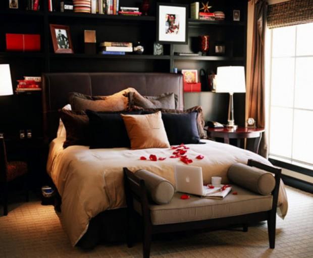 Скромная романтика в мужской спальне