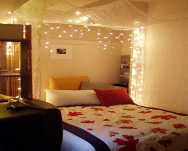 Романтическое украшение спальни гирляндами