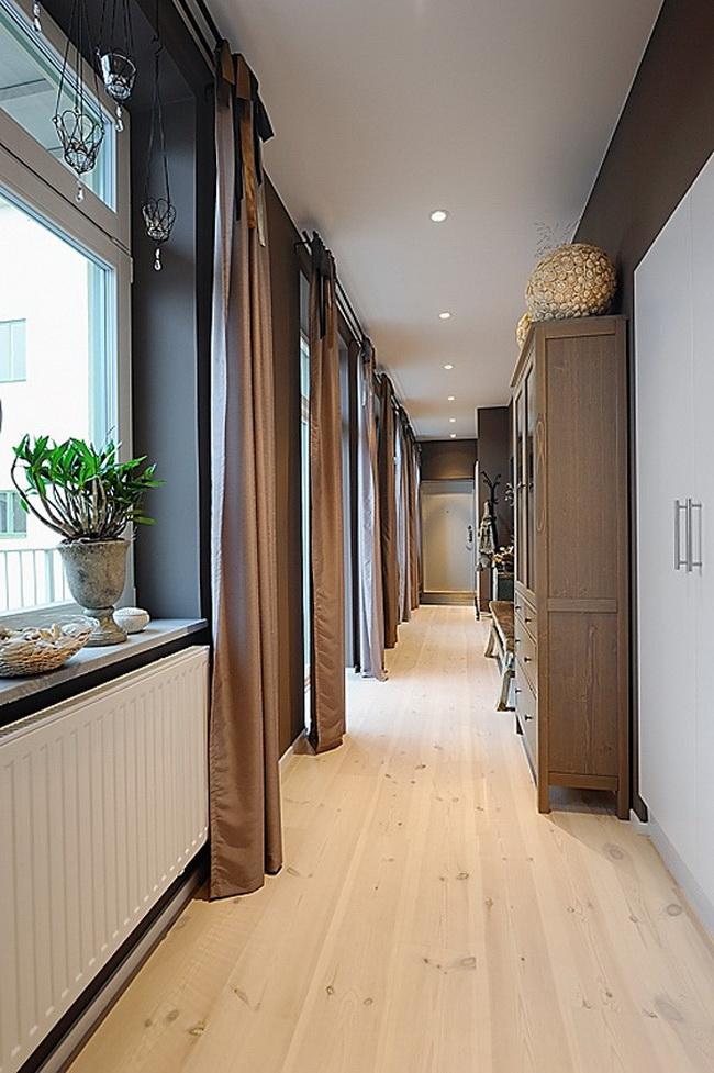 окна в коридоре