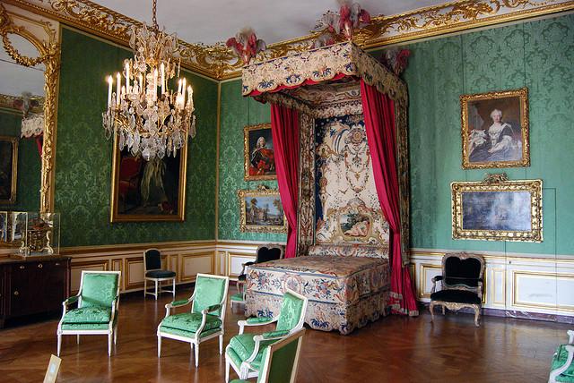 Элементы интерьера в стиле барокко - мебель