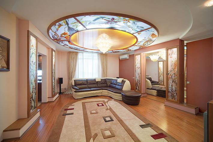 Витражи в интерьере дизайн витражи на потолке