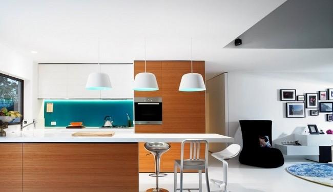 Яркий дизайн двухкомнатной квартиры (11)