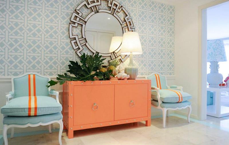 комод в розовой комнате фото