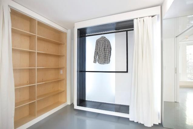 Двухкомнатная квартира выдвижной шкаф