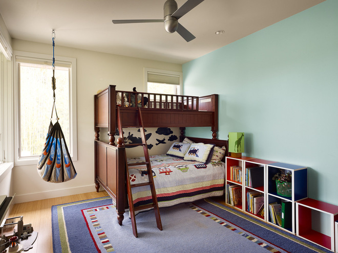 Спальня с подвесным креслом 7
