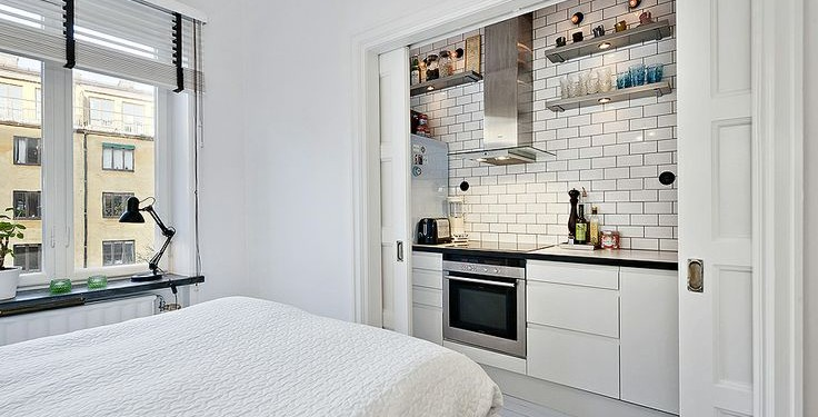 Компактная кухня белого цвета (3)