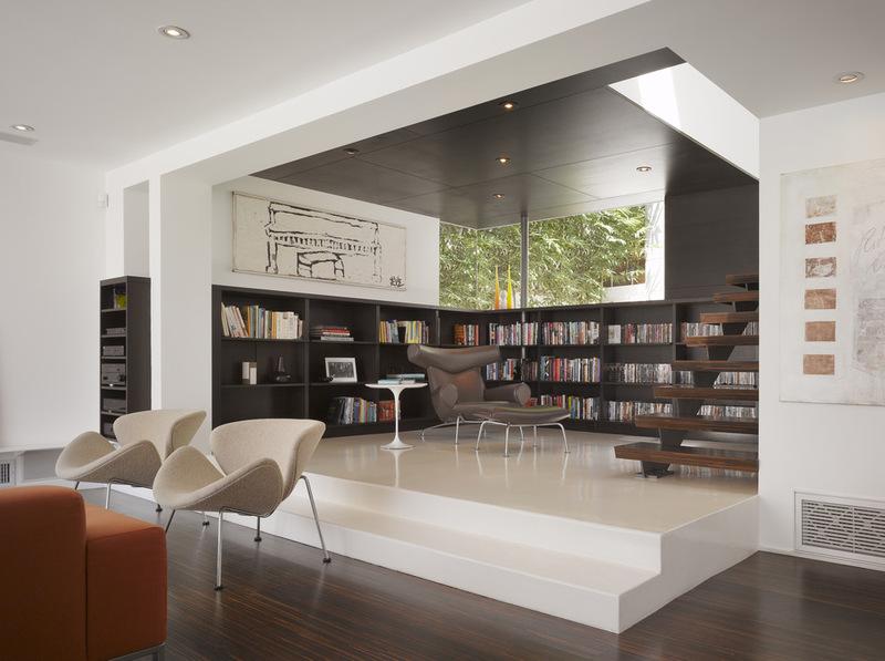 Современная гостиная с Гриффин Enright архитекторов