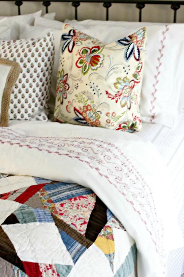 Интерьер спальни в стиле пэчворк фото 4