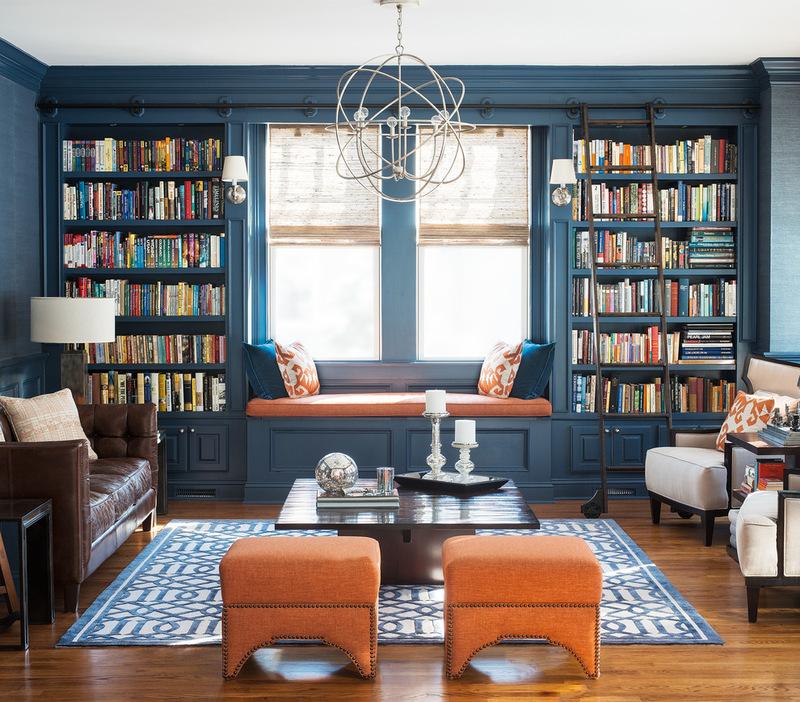 Темно голубой интерьер гостиной фото 1