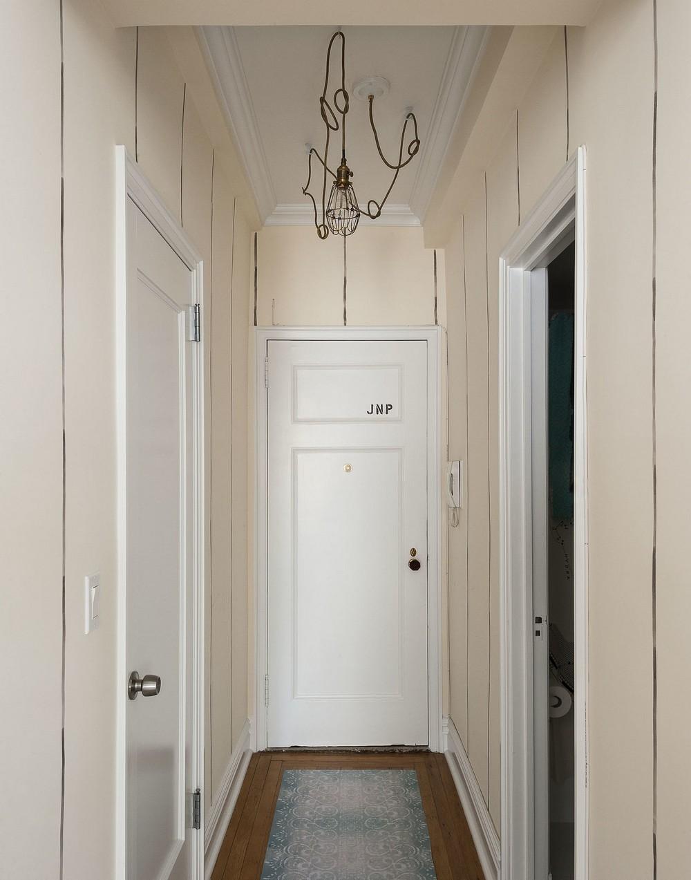 Интерьер квартиры-студии - прихожая