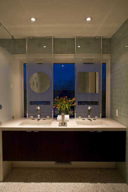 Окно в ванной комнате фото (24)